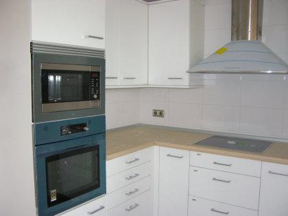 Cocina horno y micro.JPG